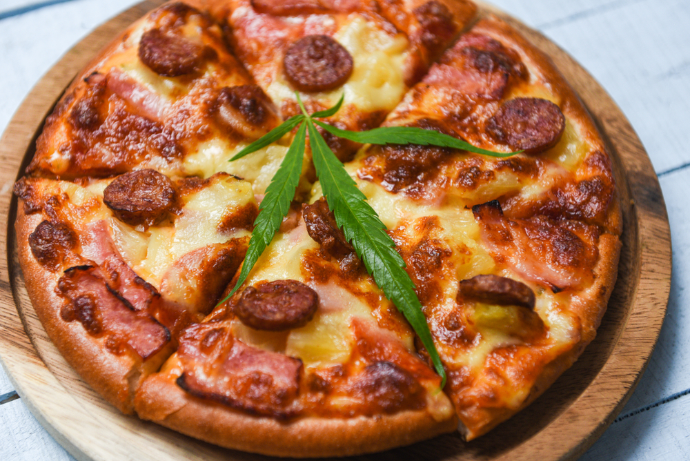 What is the Munchies? Here's Why Eating Weed Makes You Hungry