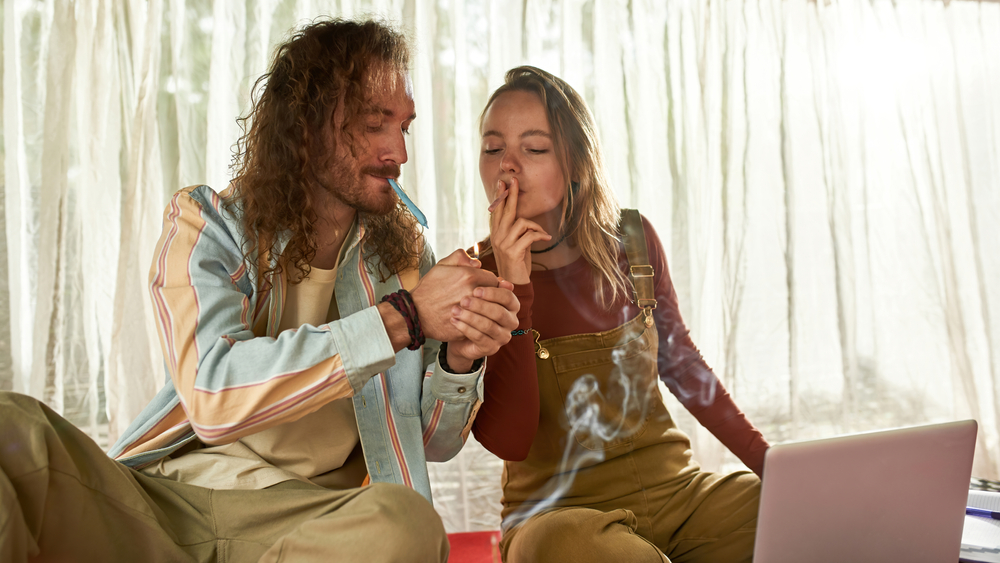 Benefits and Negatives of Smoking Weed Everyday
